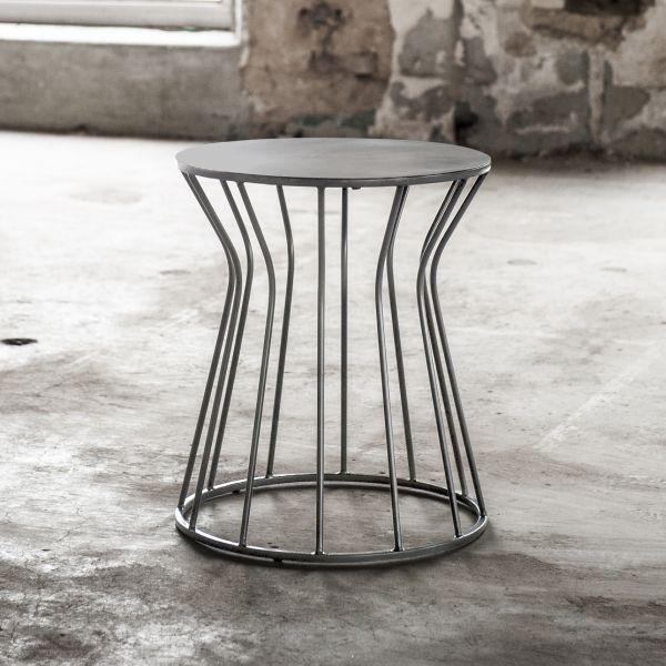 Bijzettafel uitgevoerd in staal met een rond en vast bovenblad 38 x 38 x 43 cm - Zwart